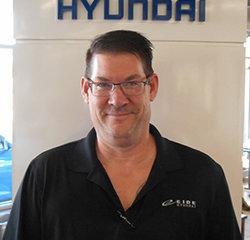 Service Advisor Brian Syverson in Service at Eide Hyundai