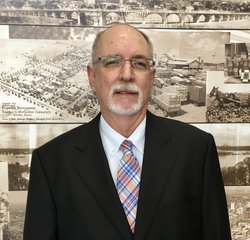 Controller Gary Anstice in Management at Park Cities Ford of Dallas