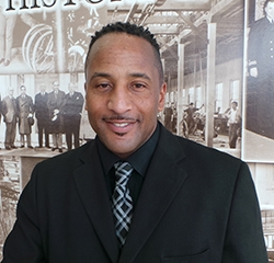 Sales Advisor Alonzo Gallaread in Pre-Owned Sales at Park Cities Ford of Dallas