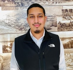Sales Consultant - Hablo Español Eduardo Virgen in New Ford Sales at Planet Ford Dallas Love Field