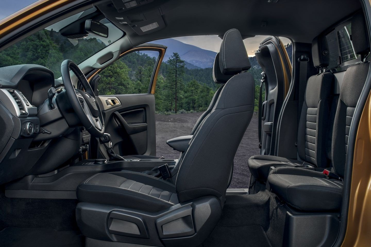2019 Ford Ranger Interior Features & Technology