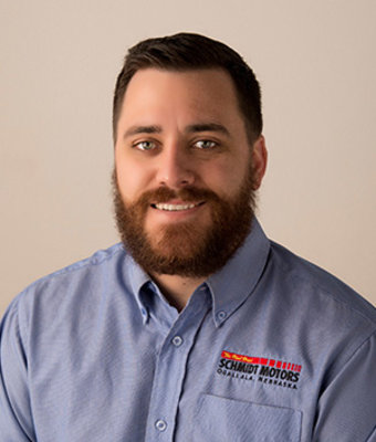New Car Sales Manager Luke Schmidt in Management at Schmidt Motors