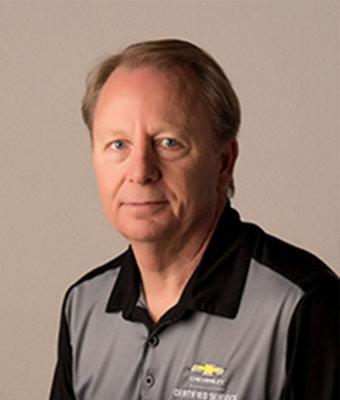 Service Writer Randy Reitz in Service at Schmidt Motors