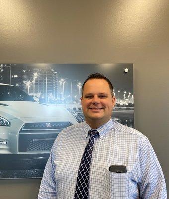 Nissan Service Director Wade Morris in Service at Lokey Nissan