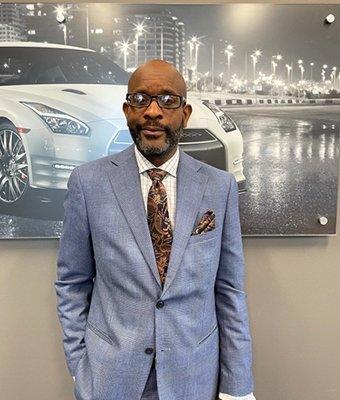 Sales Constultant Victor Washington in Sales at Lokey Nissan