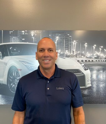 Pre-Owned Director BOBBY LOUVARIS in Management at Lokey Nissan