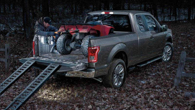 2016 ford f-150 loaded bed four-wheeler