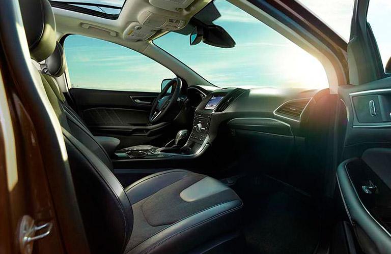 2017 Ford Edge passenger legroom