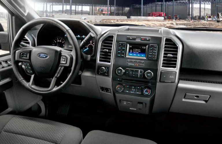2017 Ford-150 Interior and Technology