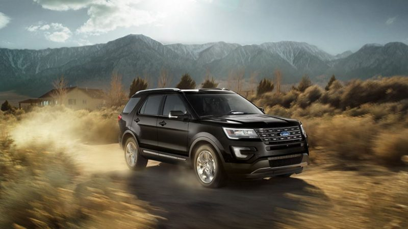 2017 ford explorer exterior front off road
