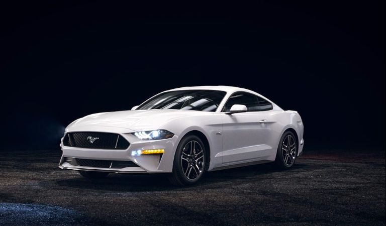 2018 Ford Mustang Oxford White