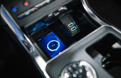 2019 Ford Edge interior center console wireless charging close up