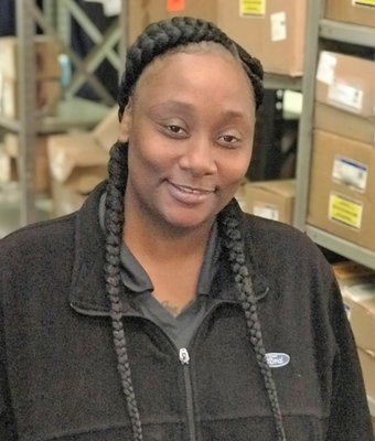 Parts Receiving Jessica Williams in Parts at Wade Ford