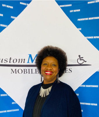 Customer Care and Rental Manager Jennifer Hudson in Customer at Custom Mobility