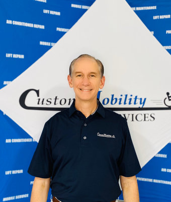 COO Curt Bennett in Admin at Custom Mobility