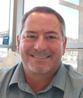 Sales Manager Dave Heins in Sales at O. C. Welch Ford Lincoln Inc.