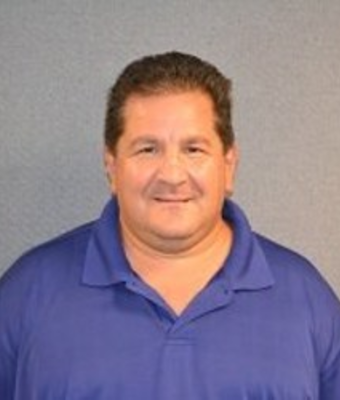 Quick Lane Service Advisor Phil Napolitano in Service at O. C. Welch Ford Lincoln Inc.
