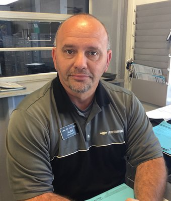 Service Consultant Alan Howard in Service at Peach Chevrolet Buick GMC