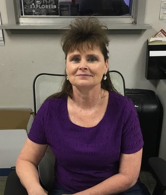 Cashier Doreen Land in Administration at Peach Chevrolet Buick GMC