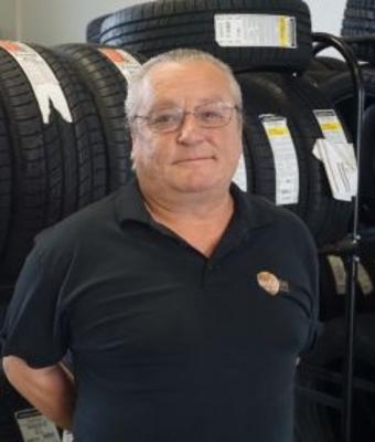 Subaru Parts Manager Dave Jackson in Parts at RC Lacy Ford Lincoln Subaru