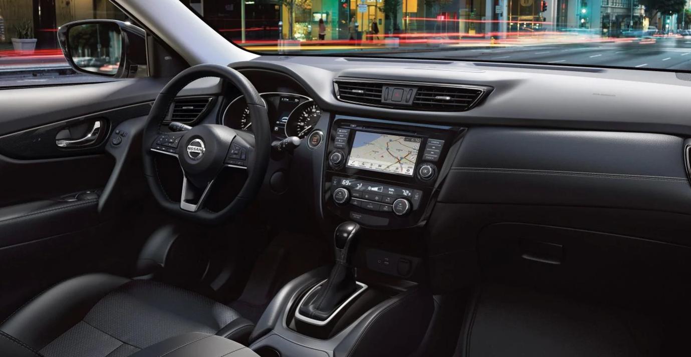 2019 Nissan Interior