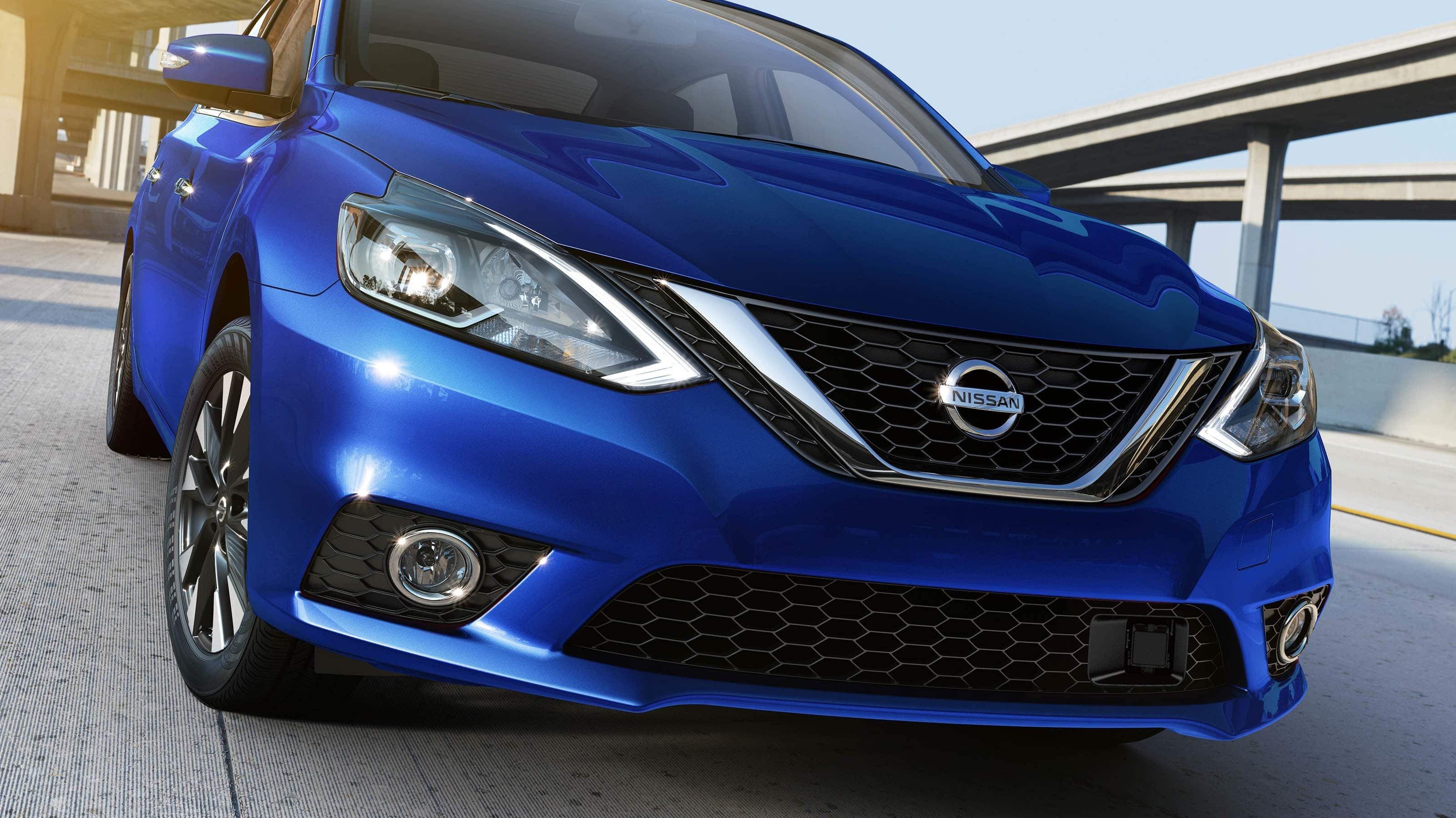 Showcasing the 2019 Nissan Sentra at Universal Nissan