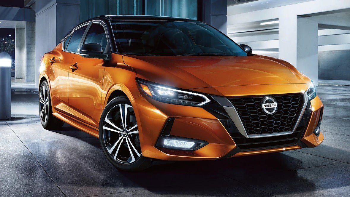 Frontal view of the 2020 Nissan Sentra