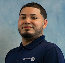 Service Advisor Julian Sanchez in Service at Universal Nissan