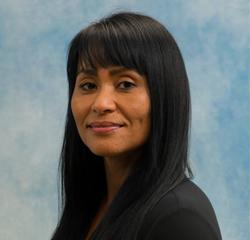 Dealer Reputation Manager Lori Bautista in BDC Management at Universal Nissan
