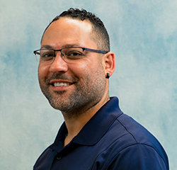 Service Advisor Jimmy Casiano in Service at Universal Nissan