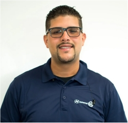 Service Advisor Jean Michael Devargas in Service at Universal Nissan