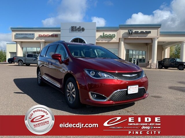 Lease this 2020, Red, Chrysler, Pacifica, Touring L Plus