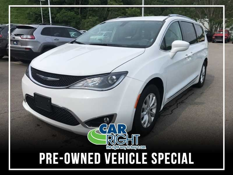 Special offer on 0   PRE-OWNED 2018 CHRYSLER PACIFICA TOURING L FWD 4D