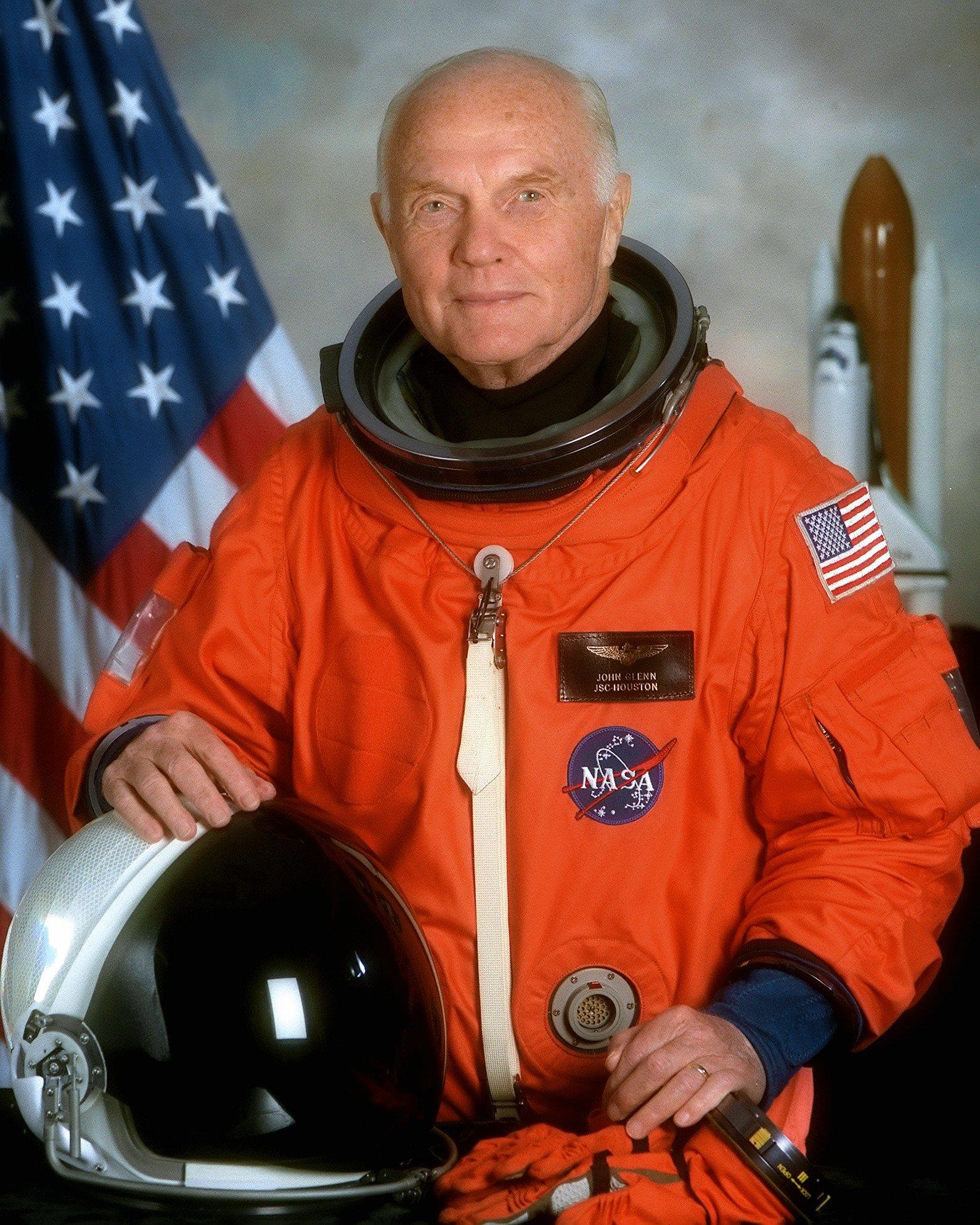 john glenn nasa astronaut station wagon