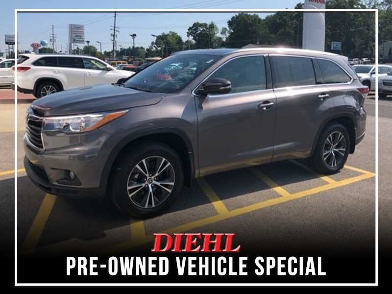 Special offer on 0   PRE-OWNED 2016 TOYOTA HIGHLANDER XLE V6 AWD