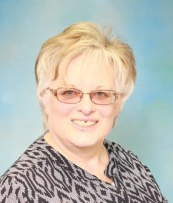 Office Manager Bonnie Prince in Diehl of Grove City : Office Team at Diehl Automotive