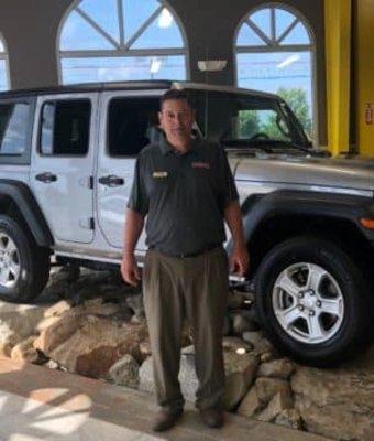 Business Manager Allen Crosby in Diehl CDJR of Salem at Diehl Automotive