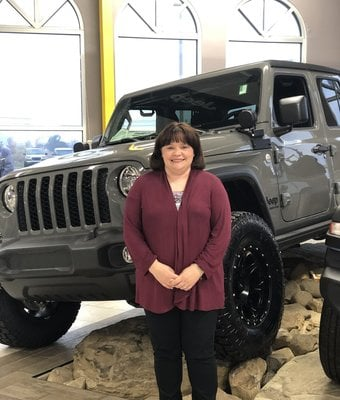 Office Manager Chrissy Barnet in Diehl of Salem : Office Team at Diehl Automotive