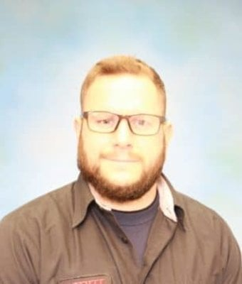 Technician Eric Schmidt in Diehl of Grove City : Service Team at Diehl Automotive