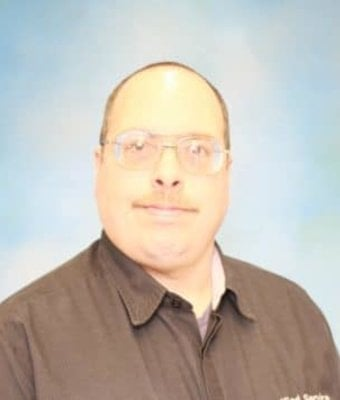 Technician Dana Hockenberry in Diehl of Grove City : Service Team at Diehl Automotive
