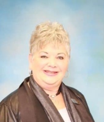 Sales and Lease Consultant Debbie Smith in Diehl of Grove City : Sales Team at Diehl Automotive