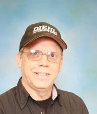 Technician Ken Seigworth in Diehl of Grove City : Service Team at Diehl Automotive