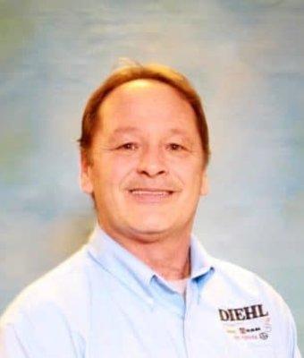 Business Link Sales Manager Steven Adams in Diehl of Robinson : Commercial Sales Team at Diehl Automotive
