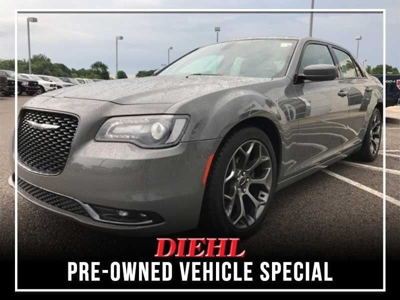Special offer on 0   PRE-OWNED 2017 CHRYSLER 300 S RWD