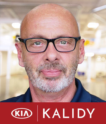 Parts & Service Director Bobby Daughtry in Parts at Kalidy Kia