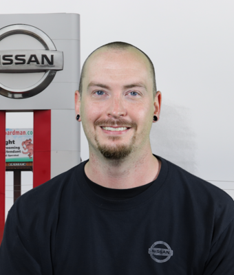 Nissan Master Technician Brennan Bosley in Service at Boardman Nissan