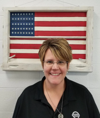 Service Advisor Shannon Weber in Service at Boardman Nissan