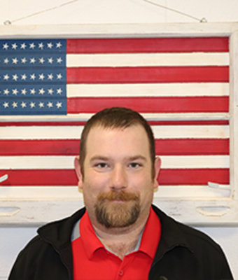 Sales Associate Mark Everly in Sales at Boardman Nissan