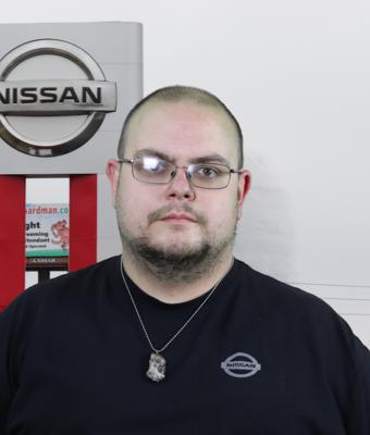 Express Service Technician Ray Filipcich in Service at Boardman Nissan