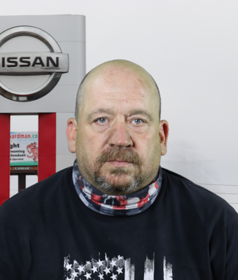 Technician Jim Hinzman in Service at Boardman Nissan